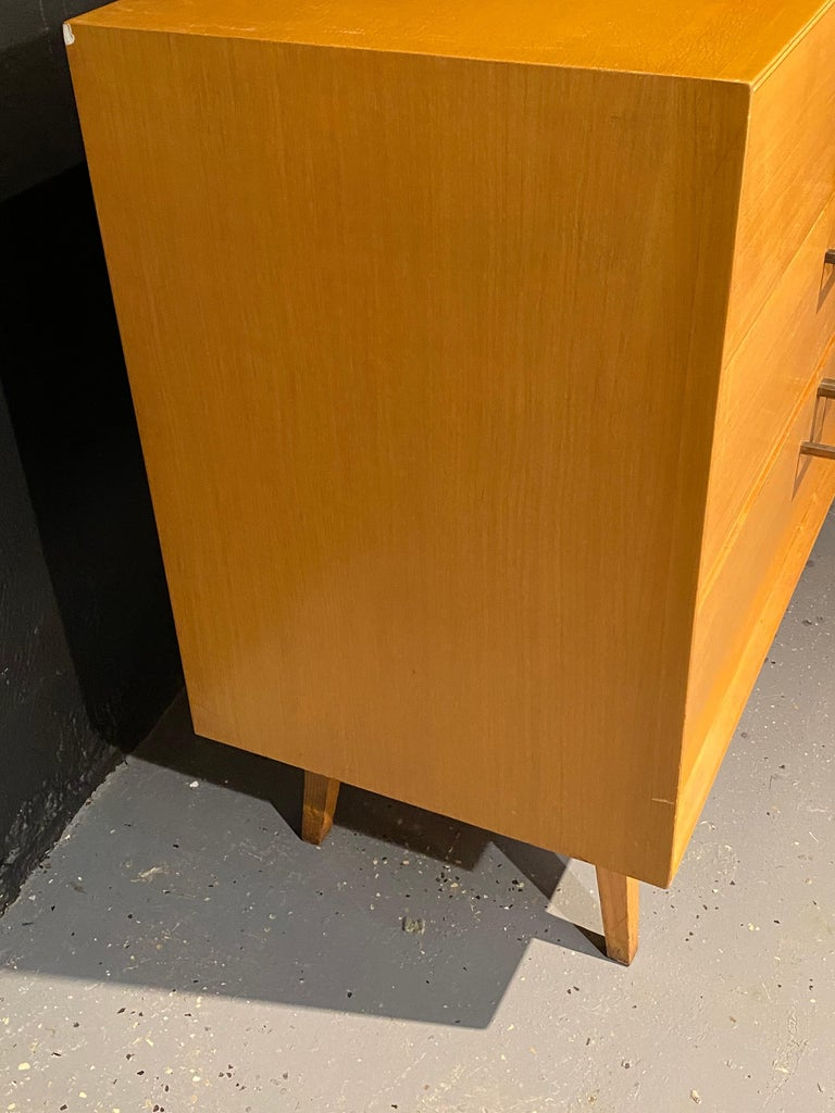 Pair of Mid-Century Modern Bachelor Chest, Commodes or Dressers For Sale 4