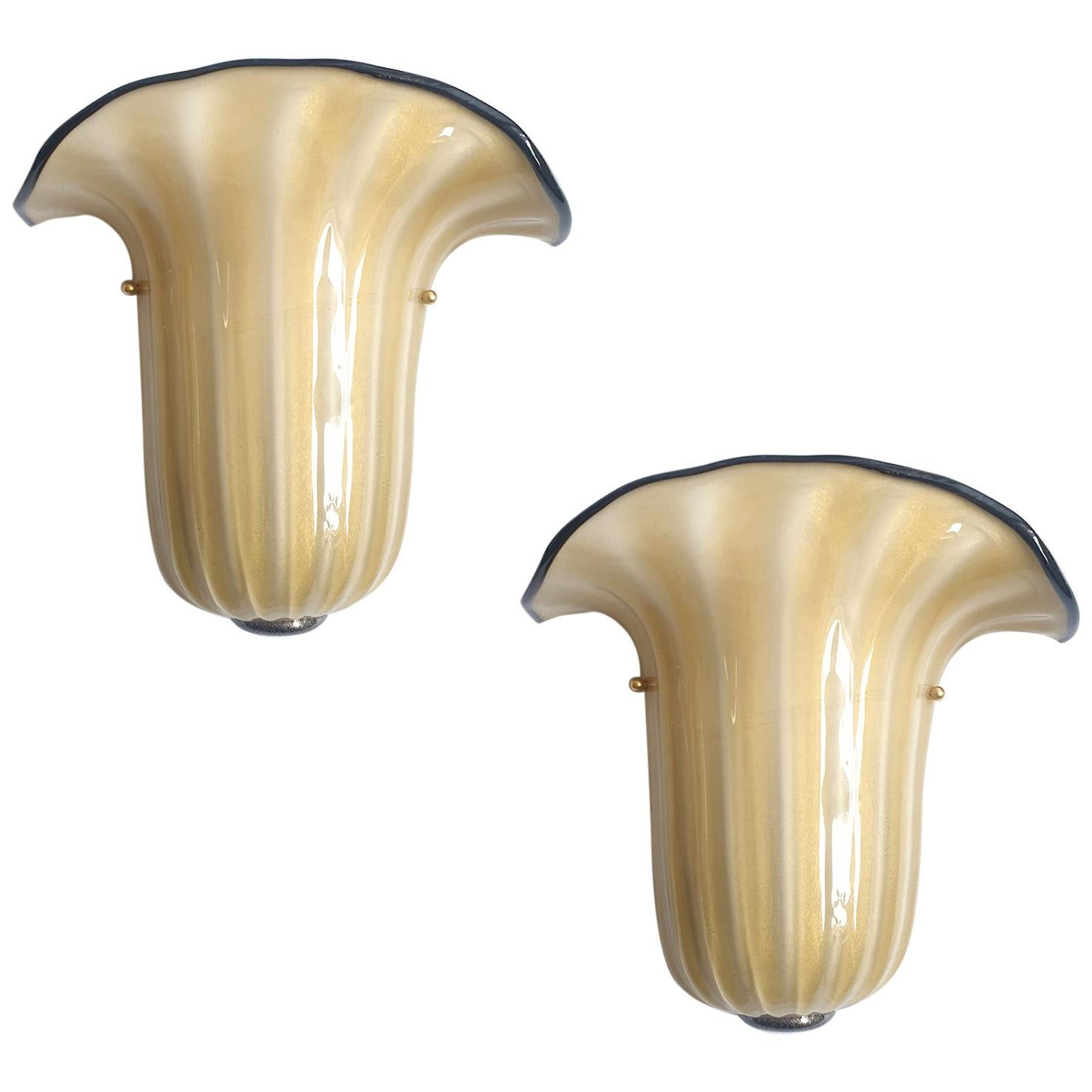 Pair of Mid-Century Modern Beige Murano Glass Sconces, Seguso Style, Italy 1970s