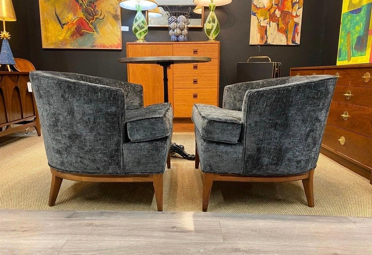 American Pair of Mid-Century Modern Bespoke Custom Newly Upholstered Club Chairs For Sale