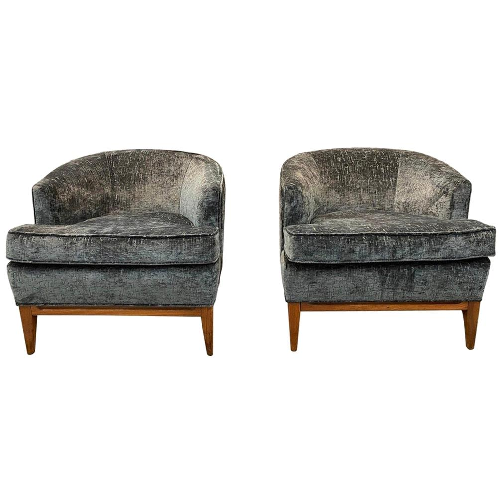 Pair of Mid-Century Modern Bespoke Custom Newly Upholstered Club Chairs