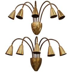 Pair of Mid-Century Modern Brass Articulated Sconces, by Sarfatti for Arteluce