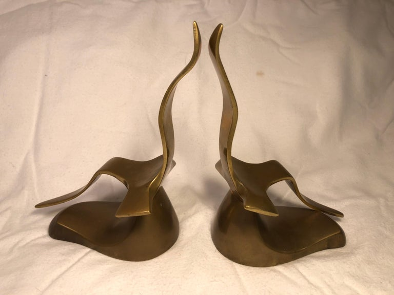 Pair of Mid-Century Modern Brass Seagull Bookends For Sale 1