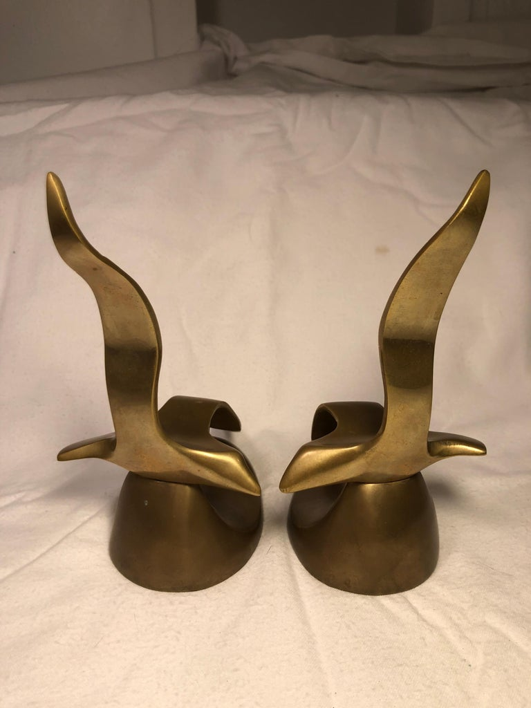 Pair of Mid-Century Modern Brass Seagull Bookends For Sale 4