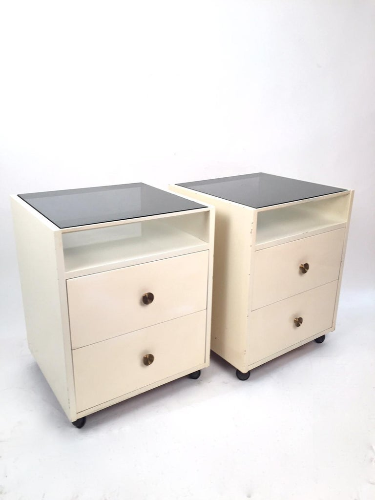 Lacquered Pair of Mid-Century Modern Carlo de Carli Nightstands for Sormani, 1960 For Sale