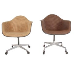 Pair of Mid-Century Modern Charles Eames Herman Miller Office Chairs on Casters