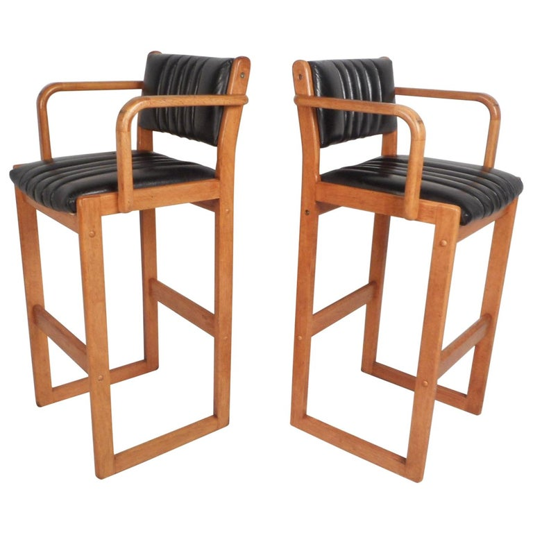 Pair of Mid-Century Modern Danish Bar Stools For Sale