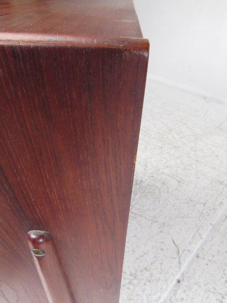 Pair of Mid-Century Modern Danish Teak Nightstands For Sale 10