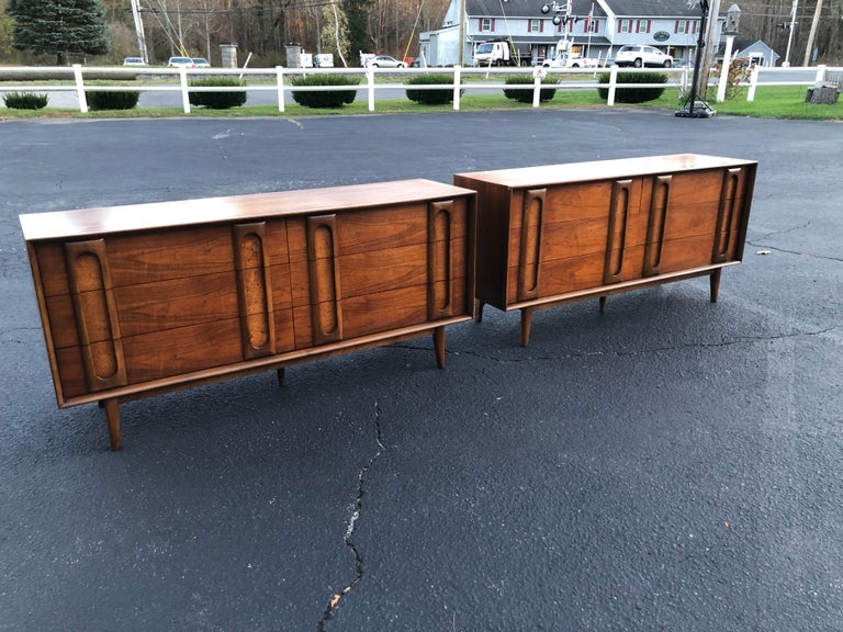 Pair of Mid-Century Modern Dressers by Lane In Good Condition In Redding, CT