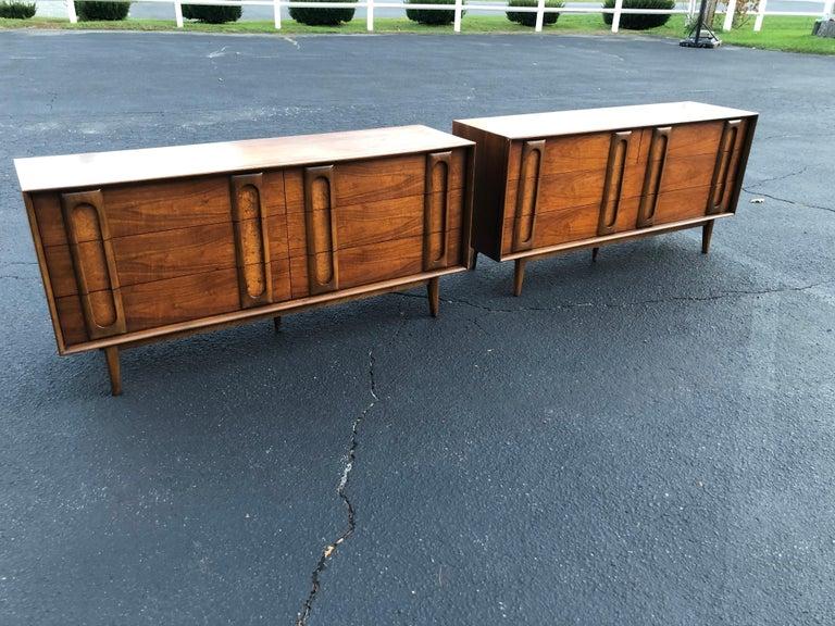 Mid-20th Century Pair of Mid-Century Modern Dressers by Lane