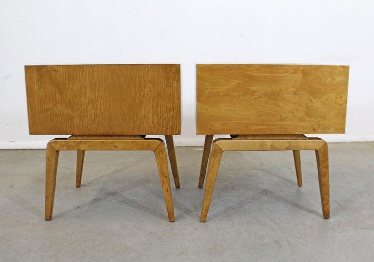 Pair of Mid-Century Modern Edmond J. Spence Sculpted Birch Nightstands For Sale 2