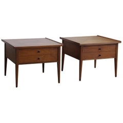Pair of Mid-Century Modern End Tables by American of Martinsville