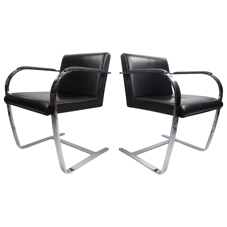 Pair of Mid-Century Modern Flat Bar Brno Chairs by Mies van der Rohe