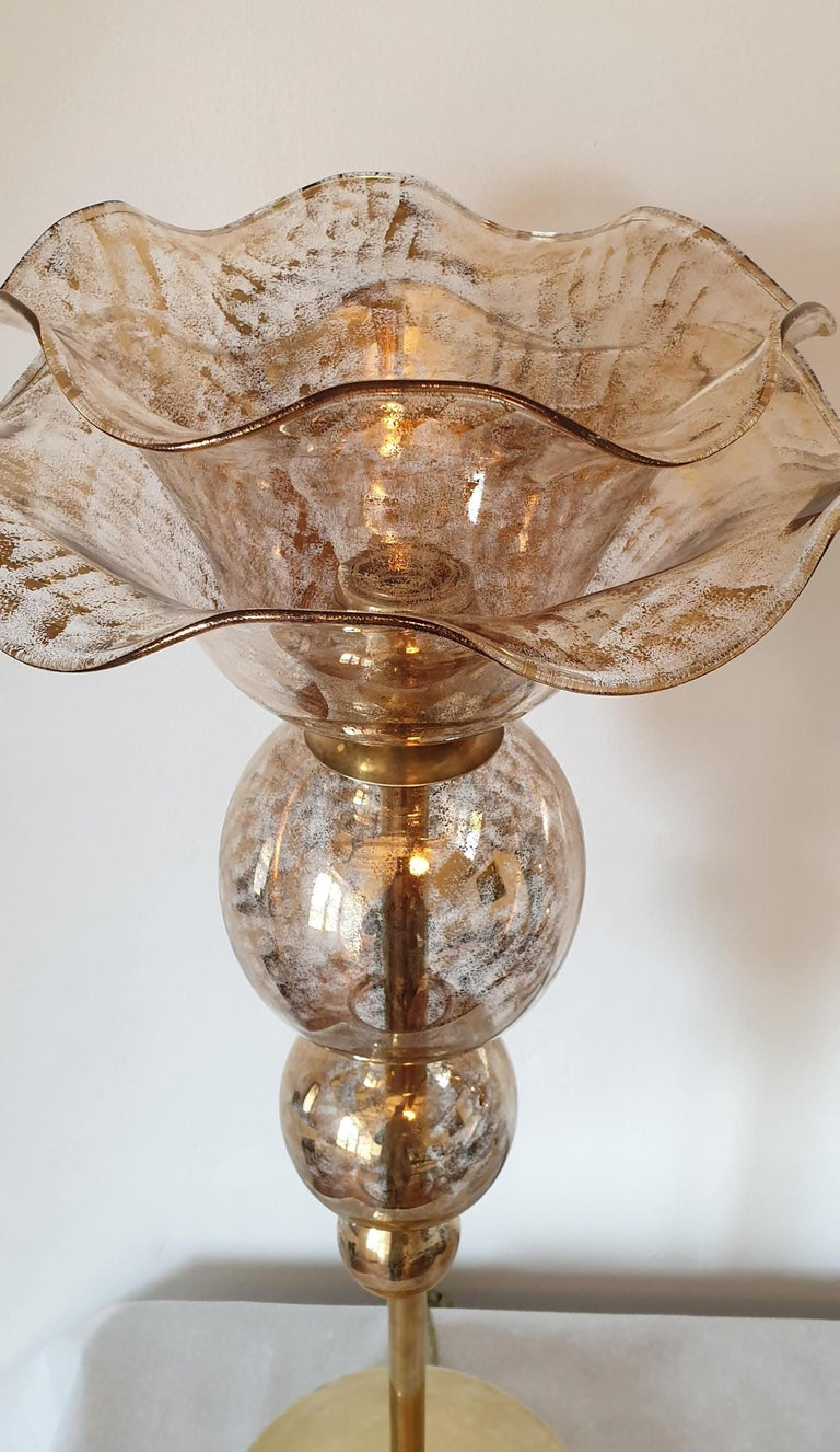 Pair of Mid-Century Modern Flower Murano Glass Table Lamps, Attributed to Seguso In Excellent Condition For Sale In Dallas, TX