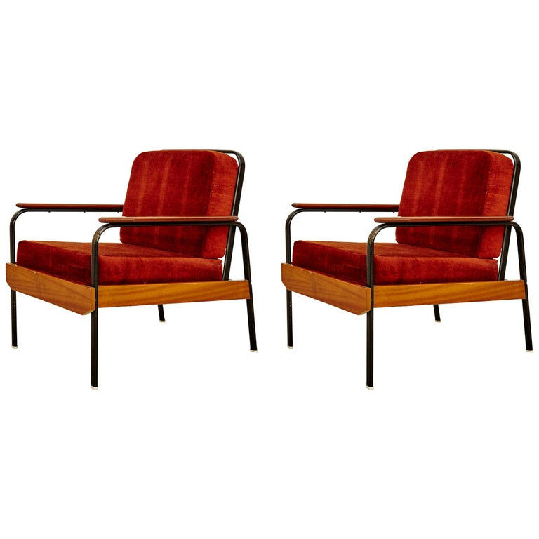 Pair of Mid-Century Modern French Easy Chairs after Jean Prouvé, circa 1950 For Sale