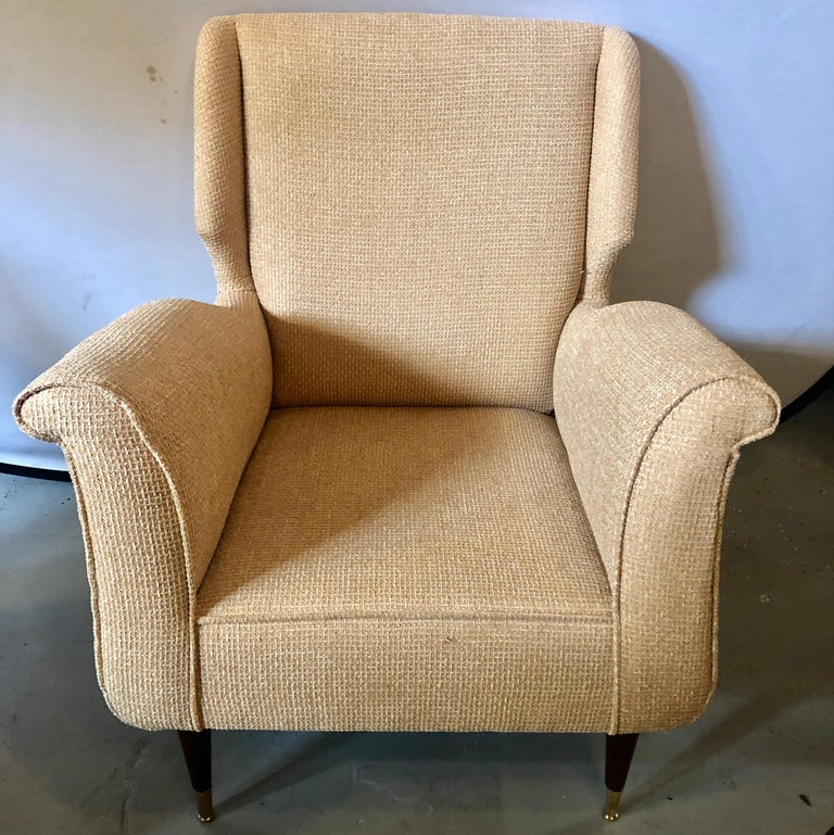Pair of Mid-Century Modern Gio Ponti Style Arm, Bergère or Wingback Chairs In Good Condition For Sale In Stamford, CT