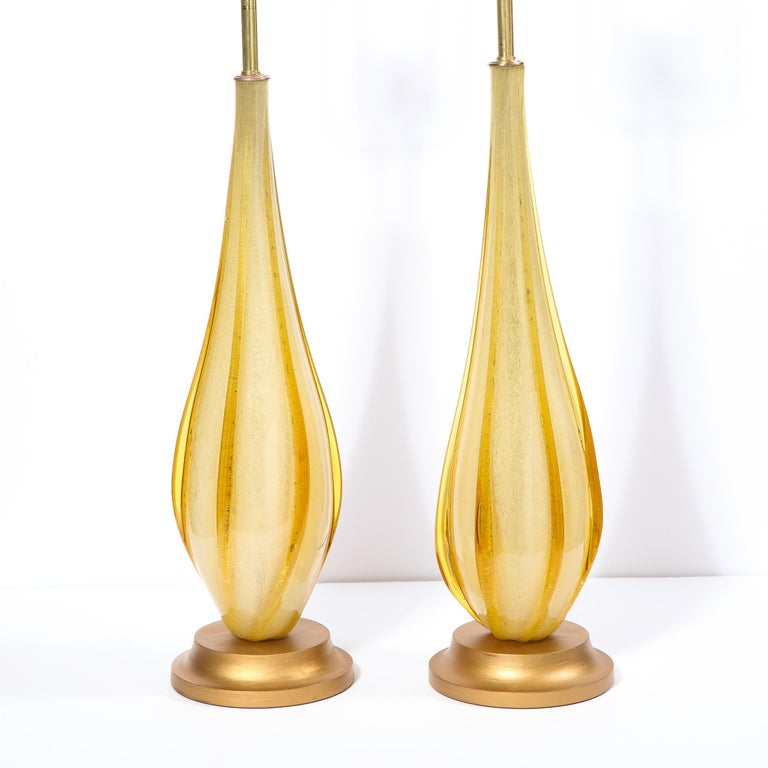 Italian Pair of Mid-Century Modern Handblown Murano Table Lamps with Brass Fittings For Sale