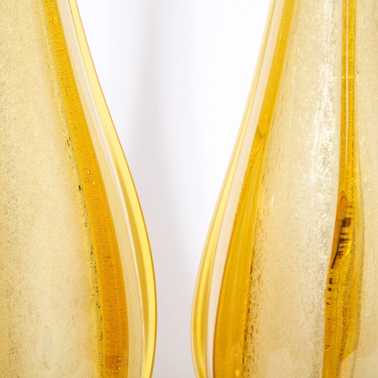 Pair of Mid-Century Modern Handblown Murano Table Lamps with Brass Fittings For Sale 4