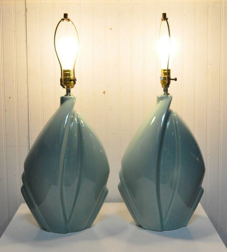 Pair of Mid-Century Modern Hollywood Regency Ceramic Art Pottery Harris Lamps 1