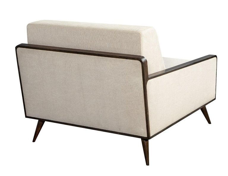 Pair of Mid-Century Modern Inspired Lounge Chairs For Sale 3