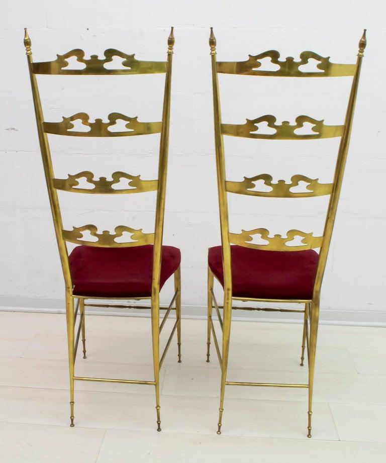 Mid-20th Century Pair of Mid-Century Modern Italian Brass High Back Chiavari Chairs, 1950s For Sale