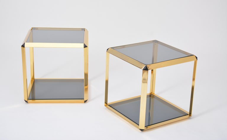 Pair of Mid-Century Modern Italian Gold-Rimmed Metal and Glass Side Tables For Sale 3