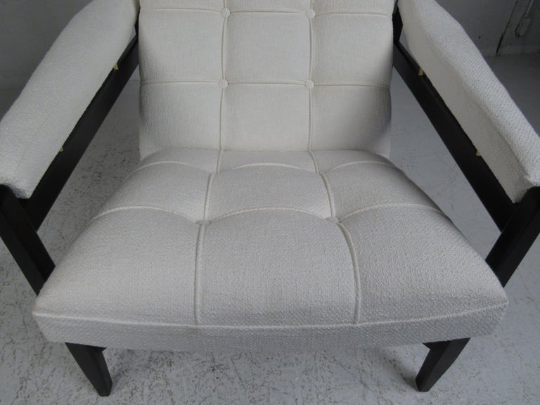 Pair of Mid-Century Modern Italian Lounge Chairs For Sale 9
