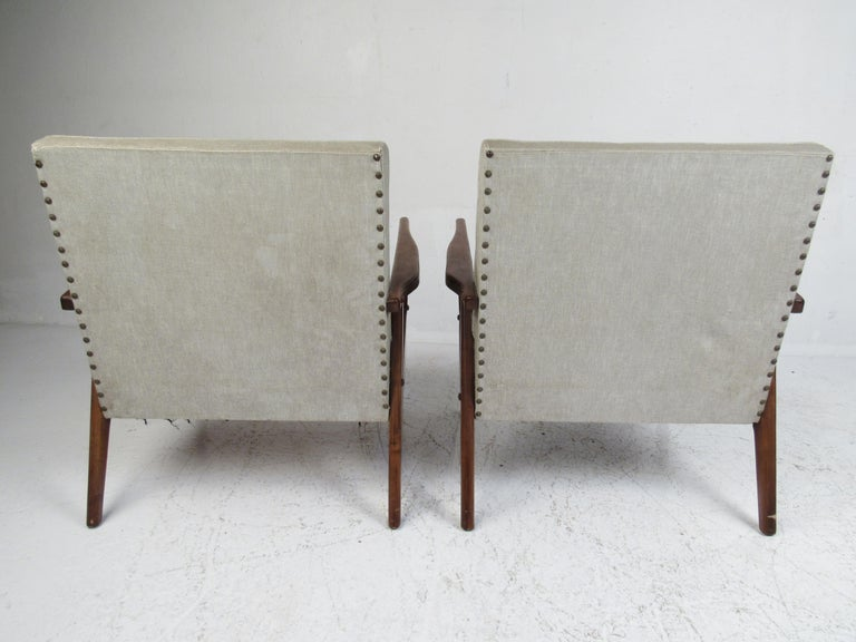 Upholstery Pair of Mid-Century Modern Italian Lounge Chairs For Sale