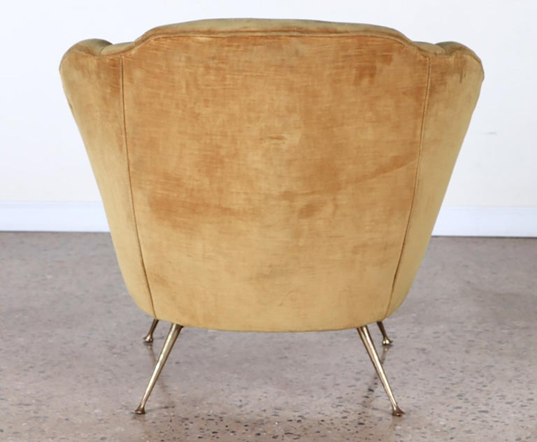 Pair of Mid-Century Modern Italian Lounge Chairs For Sale 1