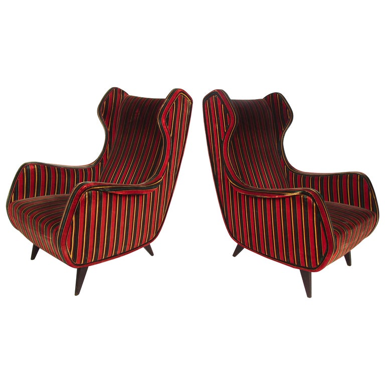 Pair of Mid-Century Modern Italian Wingback Lounge Chairs For Sale