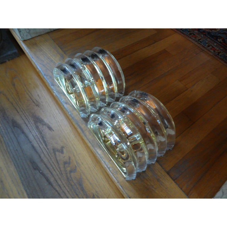Pair of Mid-Century Modern Karl Springer Style Lucite and Brass Sconces In Good Condition For Sale In Houston, TX