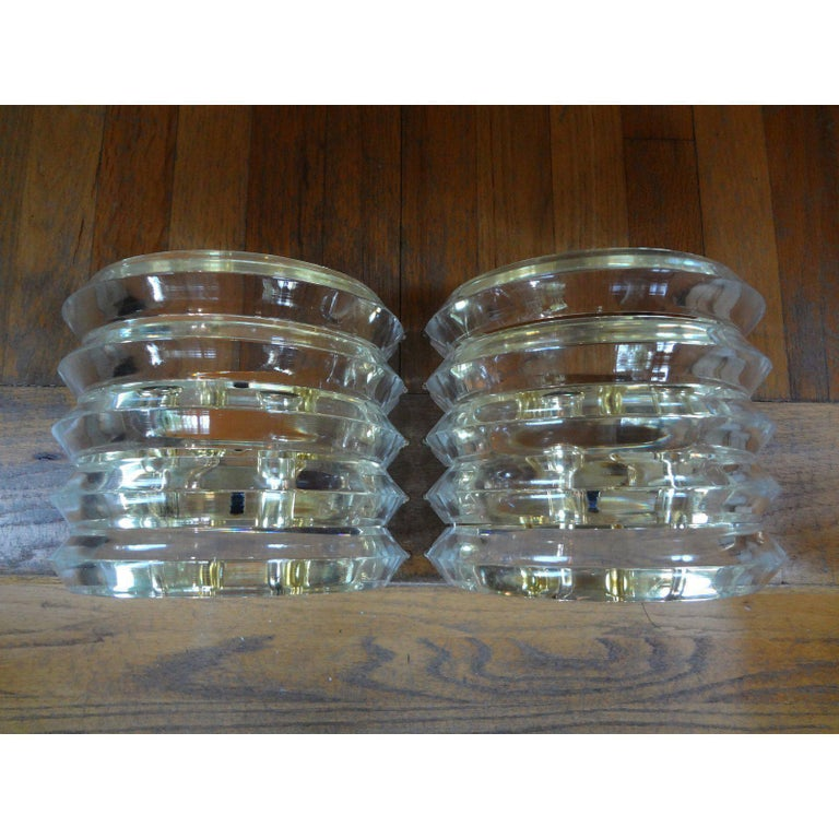 Pair of Mid-Century Modern Karl Springer Style Lucite and Brass Sconces For Sale 1