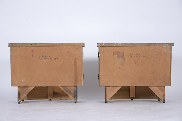 Pair of Midcentury Lacquered Nightstands 7