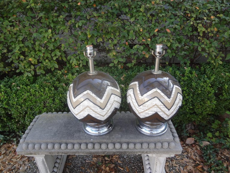 Pair of Mid-Century Modern Lamps For Sale 5