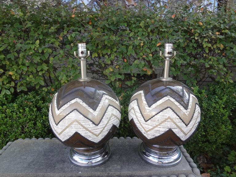 Pair of Mid-Century Modern Lamps For Sale 6