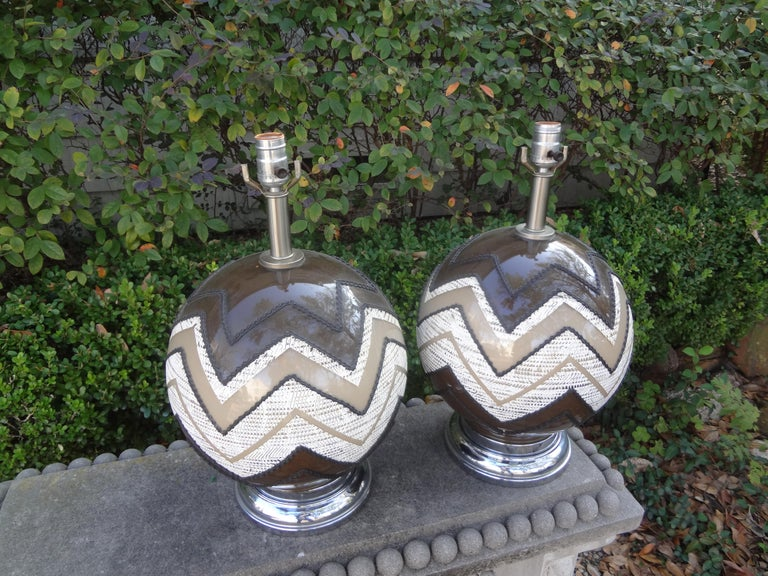 Glass Pair of Mid-Century Modern Lamps For Sale