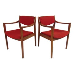 Pair of Mid-Century Modern Lounge Chairs by Gunlocke Chair Co.