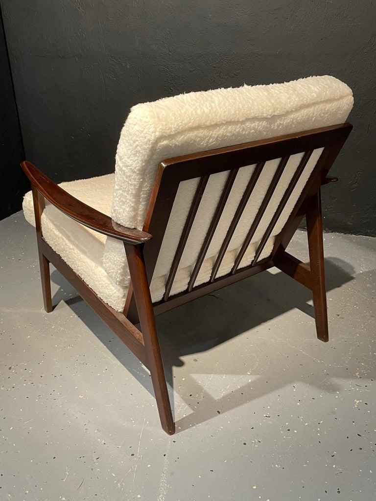 20th Century Pair of Mid-Century Modern Lounge Chairs Style of Ib Kofod-Larsen Plush Sherpa