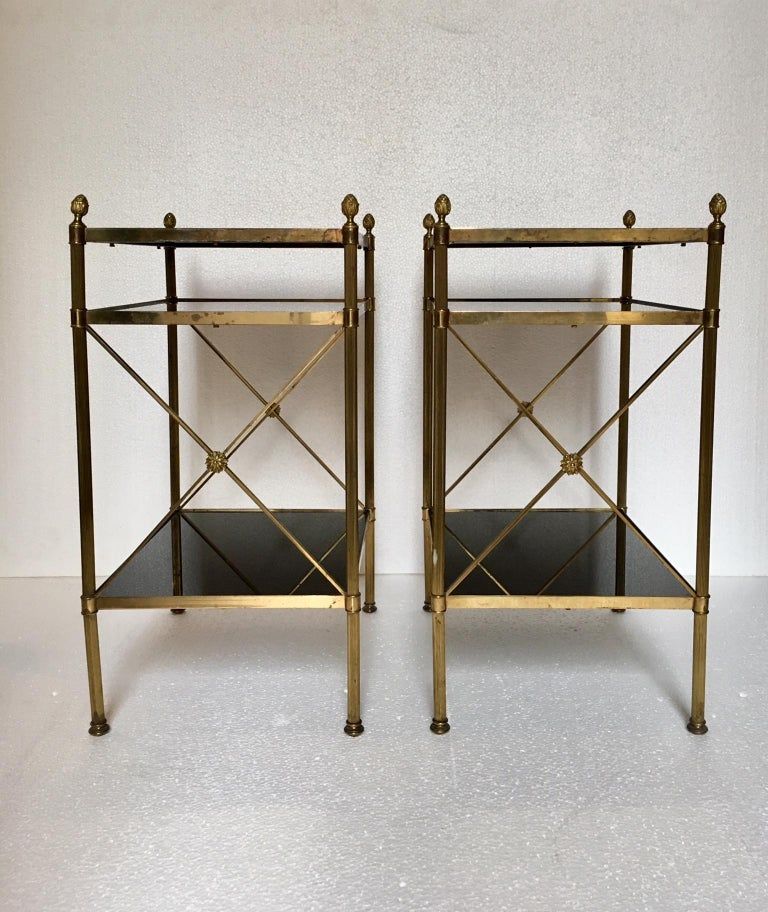 Pair of Mid-Century Modern Maison Jansen Style Side Tables In Good Condition For Sale In Madrid, ES