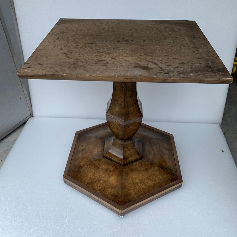 Pair of Mid-Century Modern Octagon Mastercraft Burl and Brass End Tables Stands For Sale 9