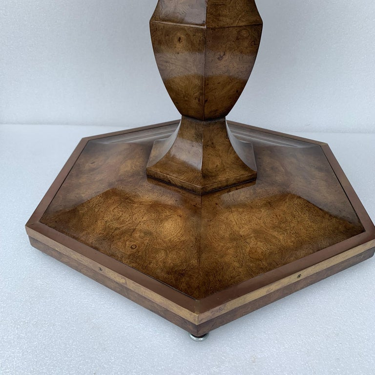 Pair of Mid-Century Modern Octagon Mastercraft Burl and Brass End Tables Stands For Sale 11