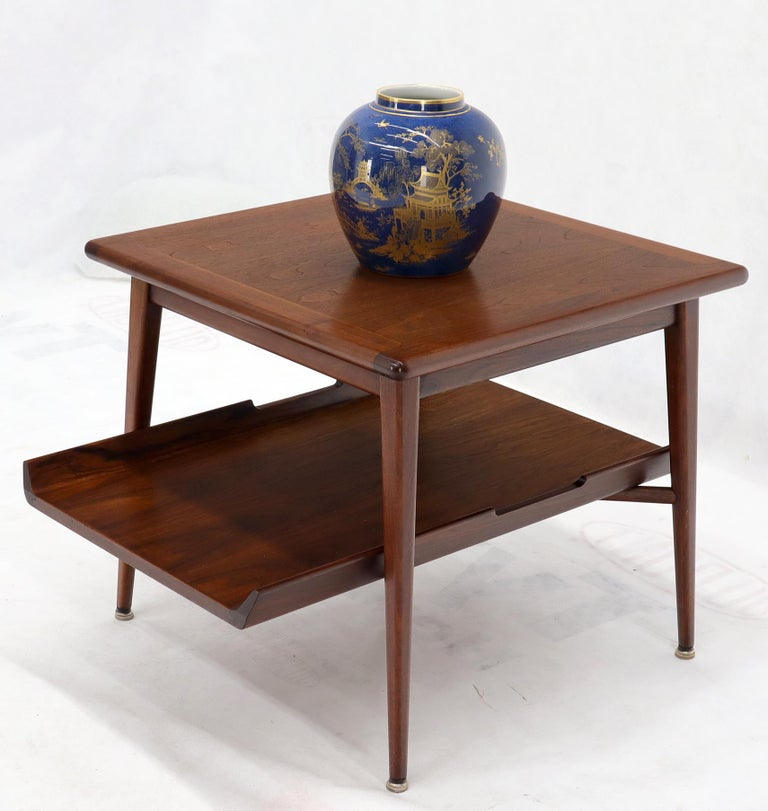 Pair of Mid-Century Modern Oiled Walnut End Side Tables  In Excellent Condition For Sale In Rockaway, NJ