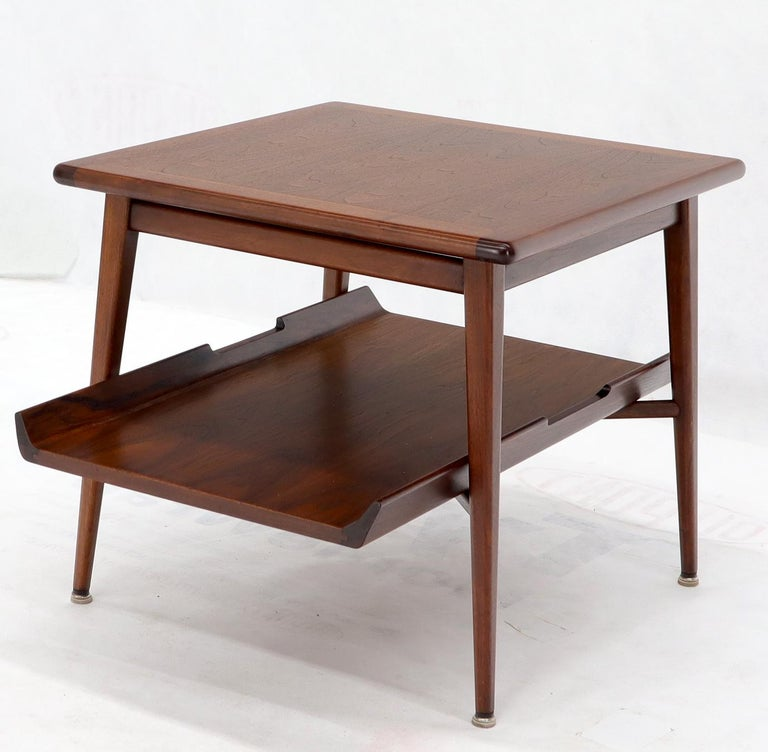 Pair of Mid-Century Modern Oiled Walnut End Side Tables  For Sale 1