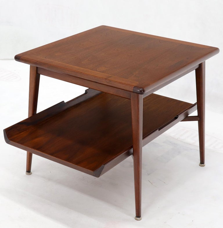 Pair of Mid-Century Modern Oiled Walnut End Side Tables  For Sale 2
