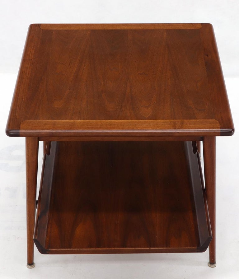 Pair of Mid-Century Modern Oiled Walnut End Side Tables  For Sale 3