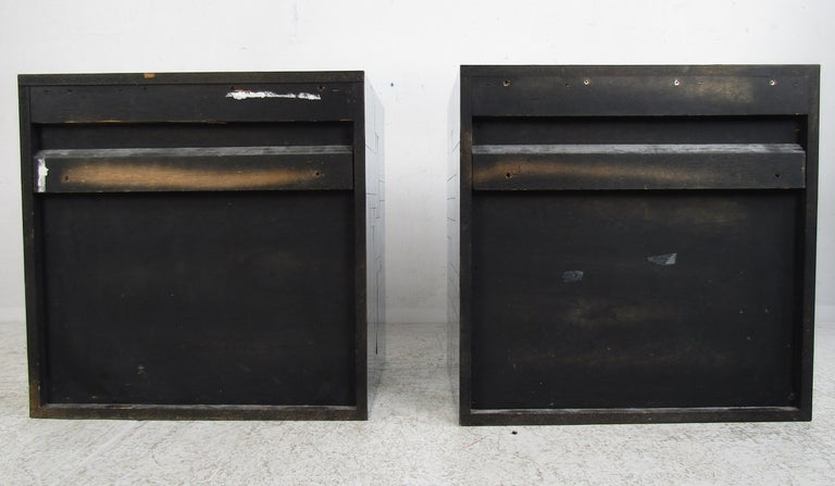 Pair of Mid-Century Modern Patchwork Floating Nightstands by Paul Evans For Sale 2