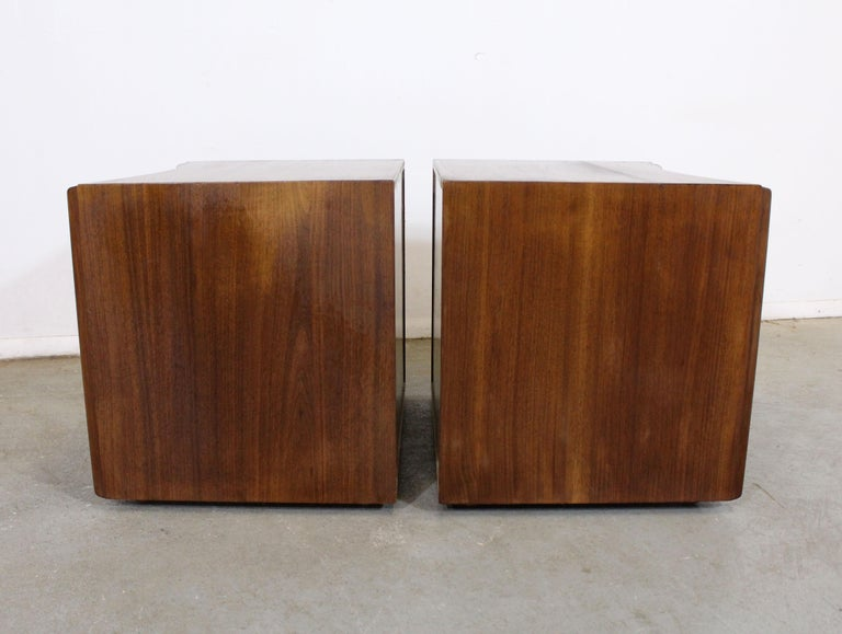 Brass Pair of Mid-Century Modern Paul Frankl Johnson 'Emissary' Curved Nightstands For Sale