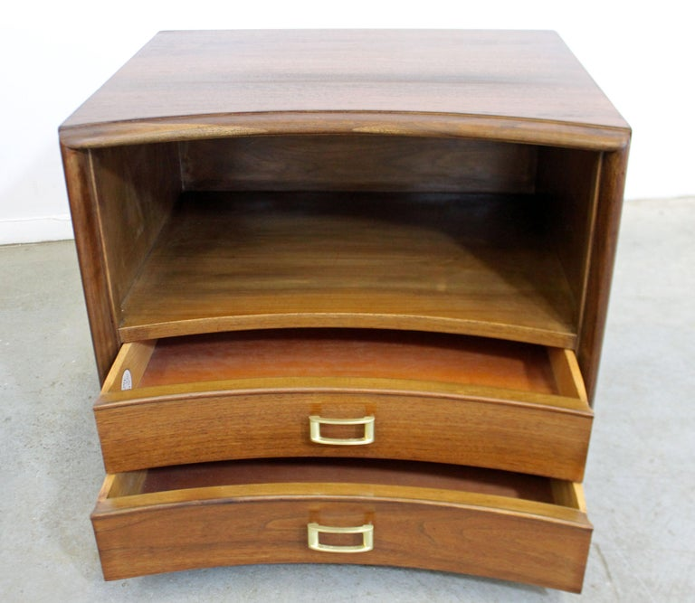 Pair of Mid-Century Modern Paul Frankl Johnson 'Emissary' Curved Nightstands For Sale 2