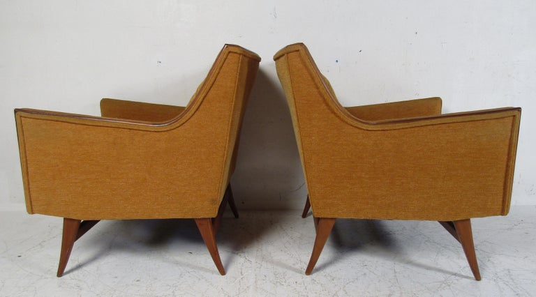 Pair of Mid-Century Modern Paul McCobb Lounge Chairs In Good Condition For Sale In Brooklyn, NY