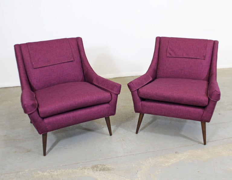 Pair of Mid-Century Modern Paul McCobb Style Lounge Chairs In Good Condition For Sale In Wilmington, DE