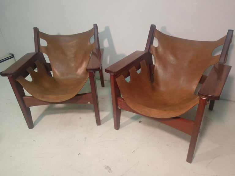 Pair of Mid-Century Modern Rosewood & Leather Lounge Chairs by Sergio Rodrigues For Sale 8